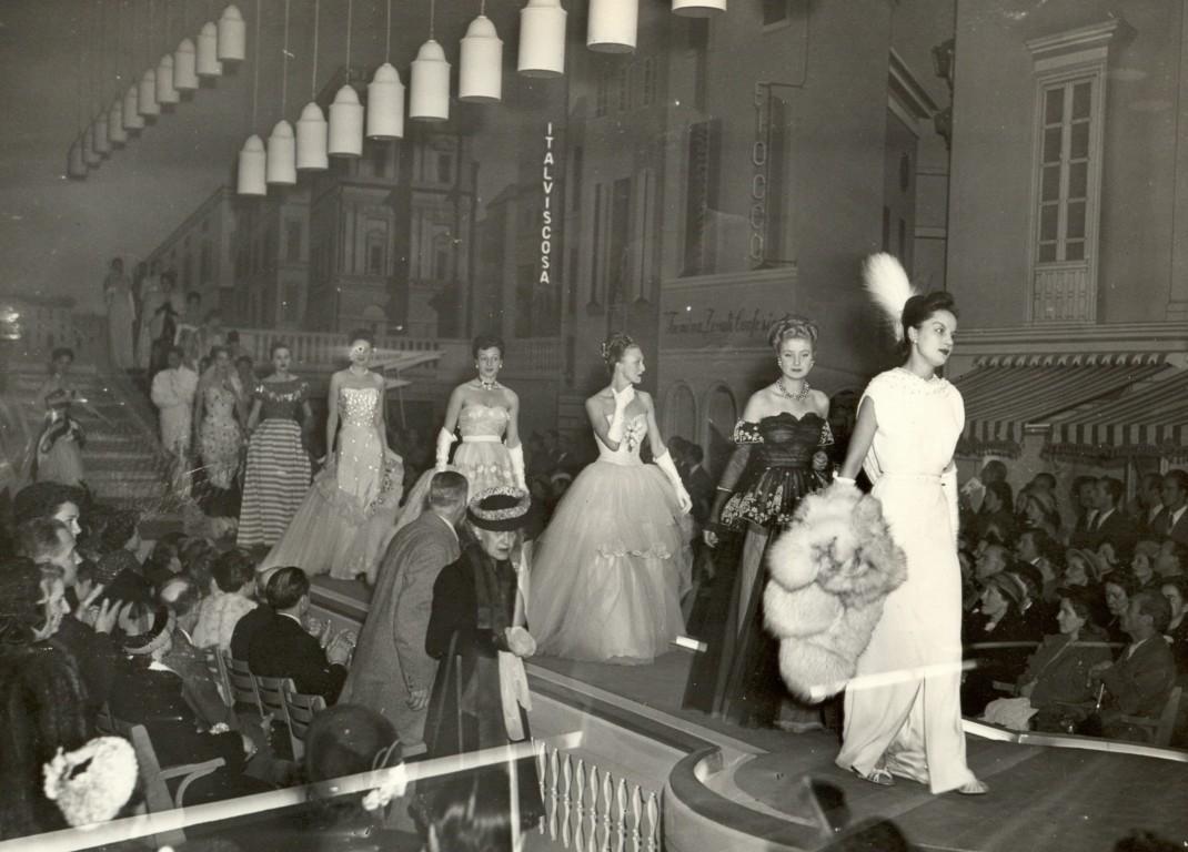 la prima sfilata di moda in italia a firenze ovviamente
