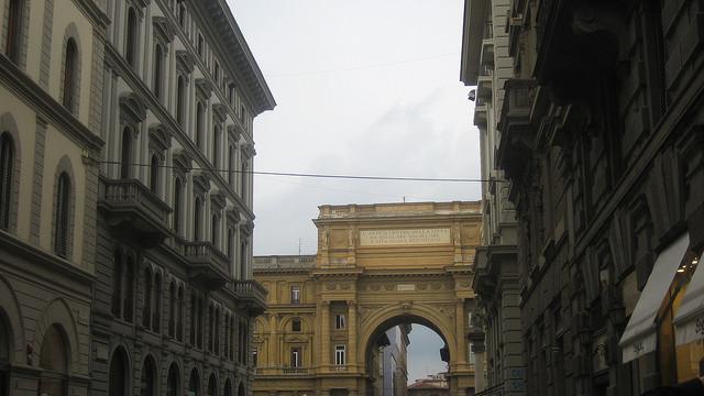 Arch in Piazza della Repubblica [Firenze, Italy]