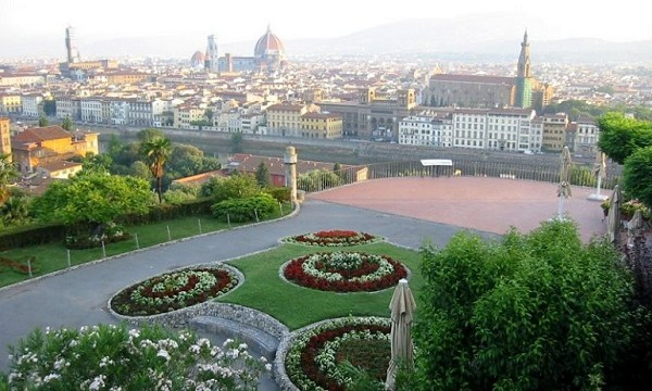 Piazzale Michelangelo, Dario Nardella, Toc Toc Firenze