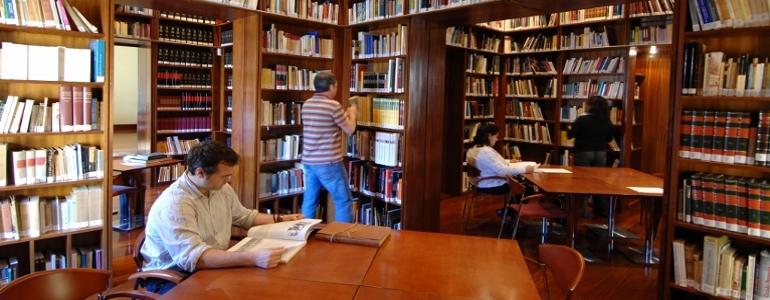 Biblioteca Thouar, toc toc firenze
